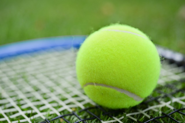 Wimbledon Approaches: How To Wear Tennis Shoes