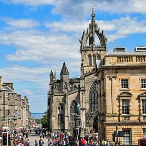 When is the Edinburgh Festival and What Should I Wear?