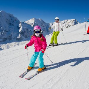 7 Tips for a Stress-Free February Half Term Ski Holiday (Essential Ski Packing List)