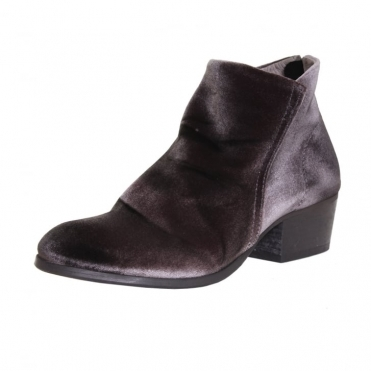 Apisi Velvet Ladies Boot
