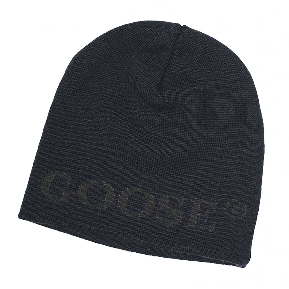 Canada Goose Boreal Merino Beanie - Accessories from CHO Fashion and  Lifestyle UK b95a76b5d4c