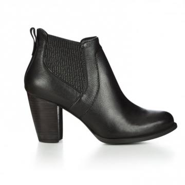129a3fedd39 UGG Cobie II Ladies Heels