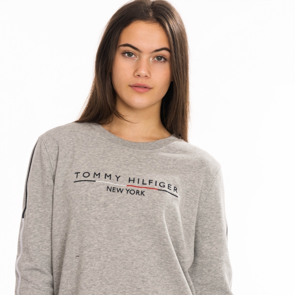 various colors authorized site shades of Tommy Hilfiger Tommy Hilfiger Womens Charlot C-Nk Sweatshirt