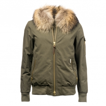 new products 6b3d0 8f06e Woolrich Clothing | CHO Fashion & Lifestyle
